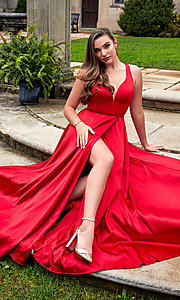 Image of open-back formal gown Style: SH-50296 Front Image