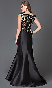 Image of Long Lace Back Trumpet Gown Style: XC-30680 Detail Image 2