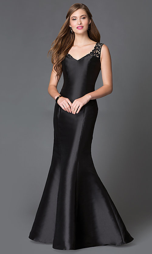 Image of Long Lace Back Trumpet Gown Style: XC-30680 Detail Image 1