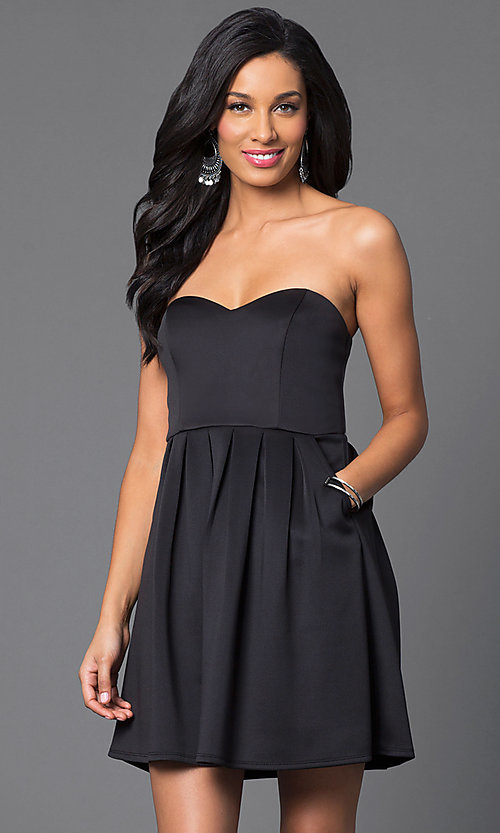 Strapless Short Black Cocktail Dress With Pockets