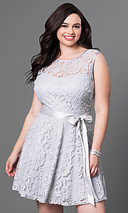 Image of short floral-lace plus-size party dress with bow. Style: SF-8760P Detail Image 2