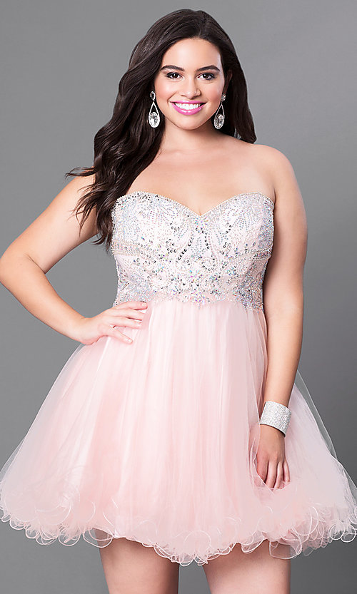 Image of plus-size strapless homecoming dress with corset. Style: DQ-9536P Detail Image 1