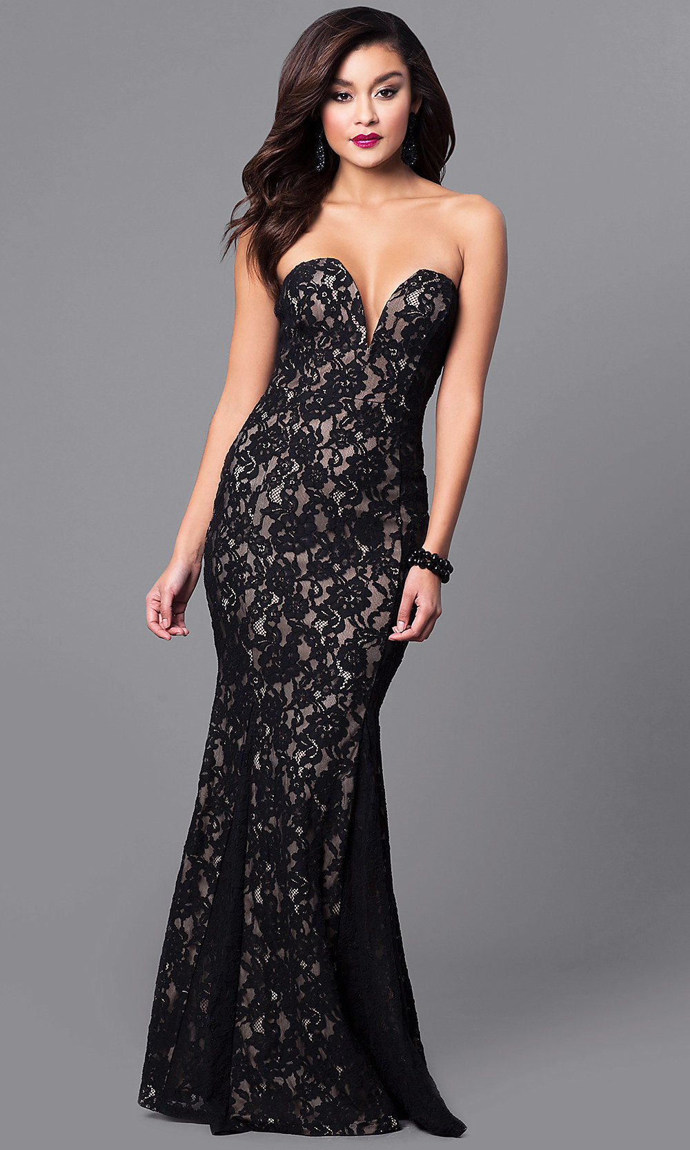 Strapless Sweetheart Black Lace Long Prom Dress