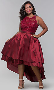Image of high-low plus-size wedding guest dress with lace. Style: LP-24048P Detail Image 2