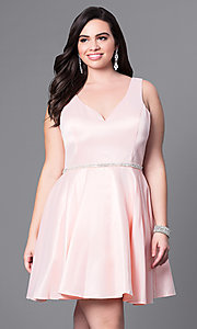 Image of short semi-formal plus-size party dress with v-neck. Style: DQ-9504P Front Image