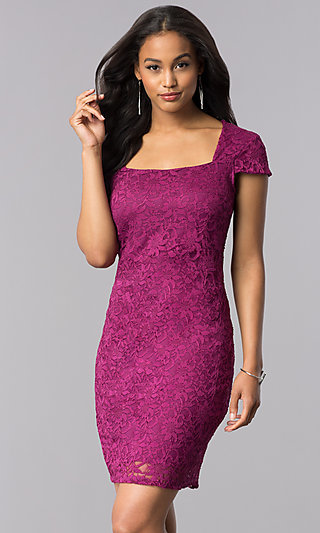 Cap-Sleeve Short Lace Party Dress in Magenta Purple
