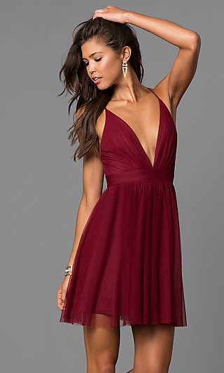 Wine Red V-Neck Short Party Dress with Open Back