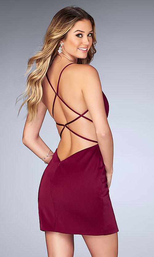 Image of short v-neck ruched homecoming dress with open back.  Style: LF-25127 Front Image