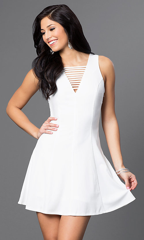 Image of princess-cut short white party dress with v-neck. Style: VJ-LD41005Gw Front Image