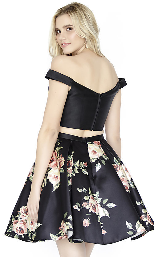 Image of two-piece short floral-print homecoming dress. Style: JOJ-JE-17549 Back Image