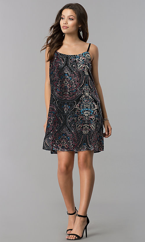 Image of short velvet-print black casual shift party dress.  Style: AS-A770904A64 Detail Image 1