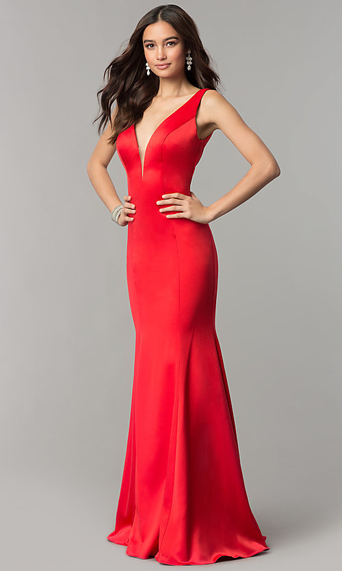 Image of open-v-back long formal dress with train. Style: SSD-AB4141 Front Image
