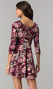 Image of floral-print short casual party dress with sleeves. Style: EM-FQT-3345-511 Back Image