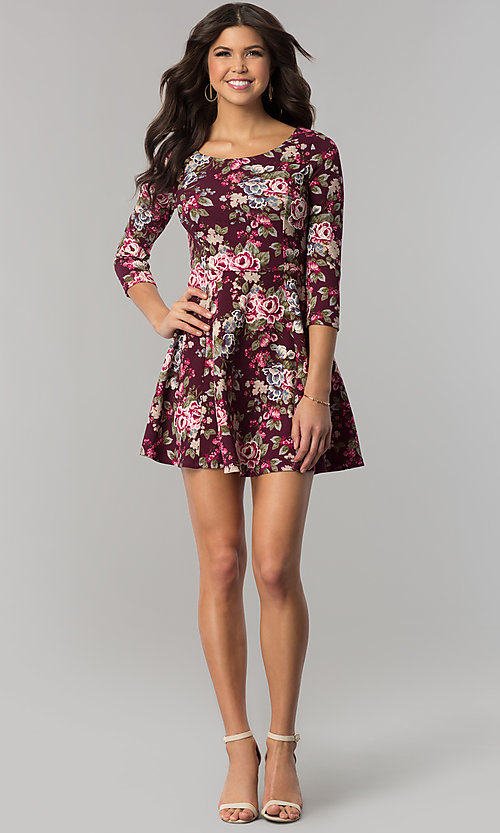 Image of floral-print short casual party dress with sleeves. Style: EM-FQT-3345-511 Detail Image 2