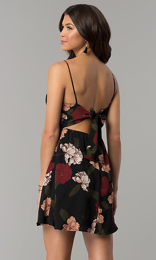 Image of tied-back short party dress with floral print. Style: RO-R67005-1 Back Image