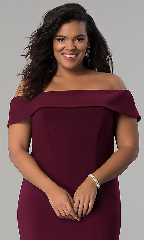 Image of Faviana long plus-size prom dress in jersey. Style: FA-9441 Detail Image 1
