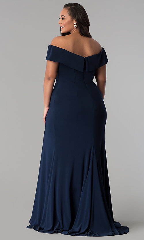 Image of Faviana long plus-size prom dress in jersey. Style: FA-9441 Detail Image 4