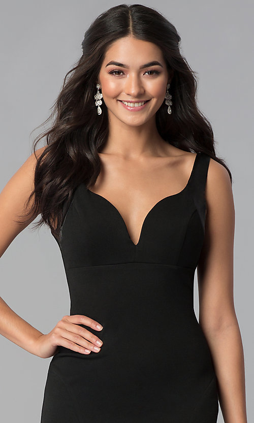 Image of long black decolletage-v-neck formal dress. Style: EM-CPS-1606-001 Detail Image 1