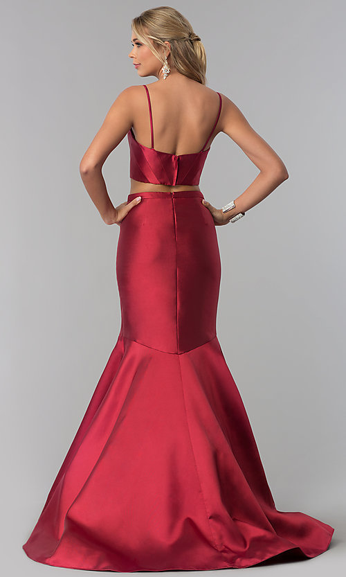 Image of removable-strap two-piece long burgundy prom dress. Style: BL-PL-3186 Detail Image 3