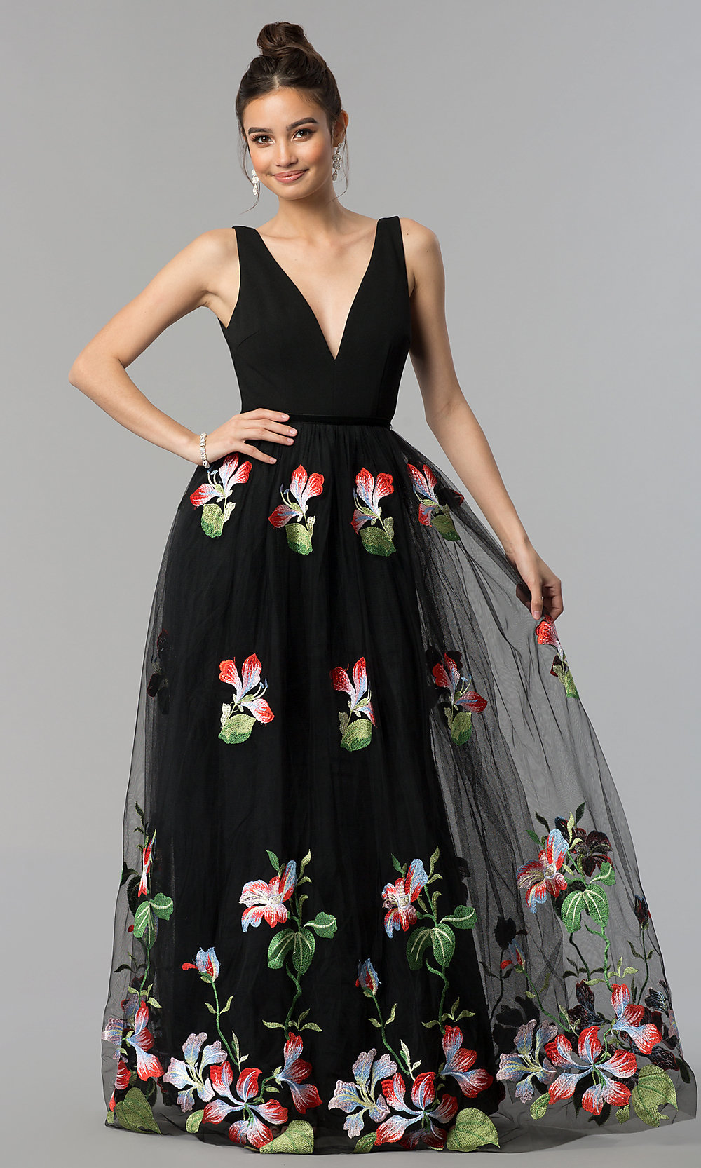 Long Sleeveless Open-V-Back Prom Dress with Embroidery cd088ae4f