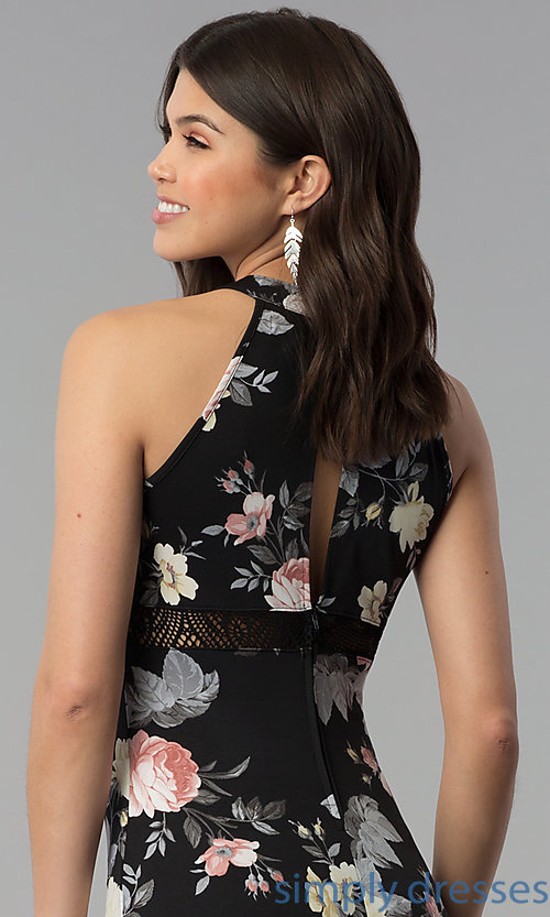Image of long floral-print casual dress with racerback. Style: EM-COU-3623-003 Detail Image 2