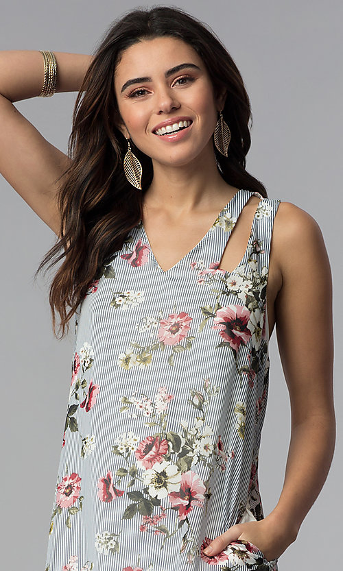 Image of racerback casual short floral-print shift dress. Style: SS-JA92462CC95 Detail Image 1