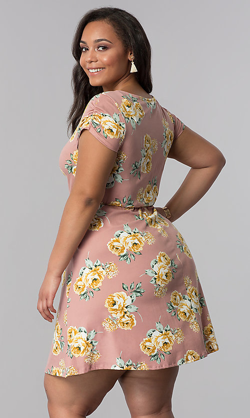 Image of floral-print short plus-size casual party dress.  Style: AS-A692701D27X Back Image