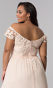 Image of plus cap-sleeved prom dress with embroidery. Style: SOI-PM17756 Detail Image 2