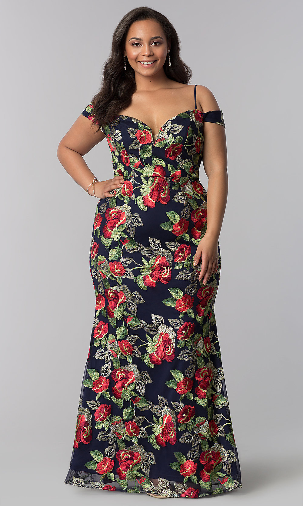 2921ae66f01e46 Long Navy Plus-Size Floral-Embroidered Evening Dress