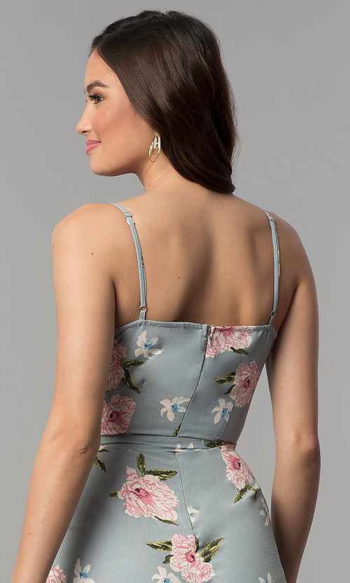 Image of v-neck floral-print jumpsuit with side pockets. Style: BLH-DP1522 Detail Image 2