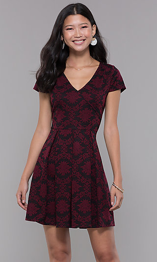 Jacquard-Knit Short Party Dress with Short Sleeves