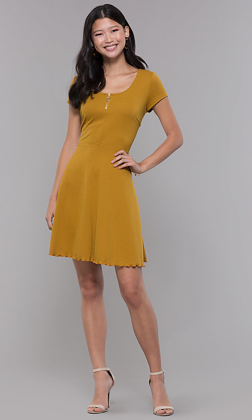 Image of short casual party dress with short sleeves. Style: MY-5283EH1D Detail Image 3
