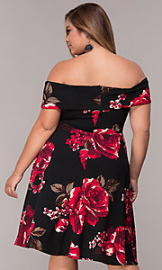 Image of plus-size knee-length floral-print wedding guest dress. Style: MCR-2548 Detail Image 4