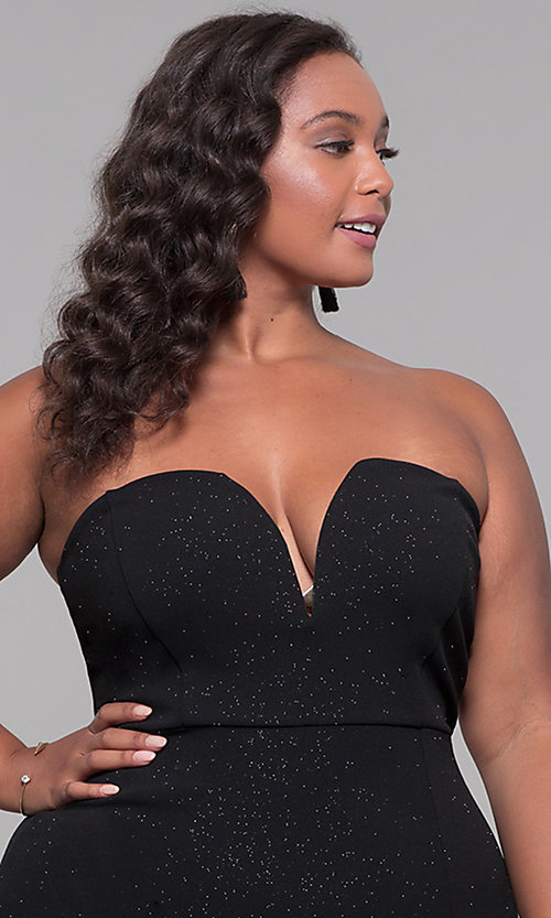 Image of strapless short plus-size holiday party dress. Style: SY-IXD6066VP Detail Image 1
