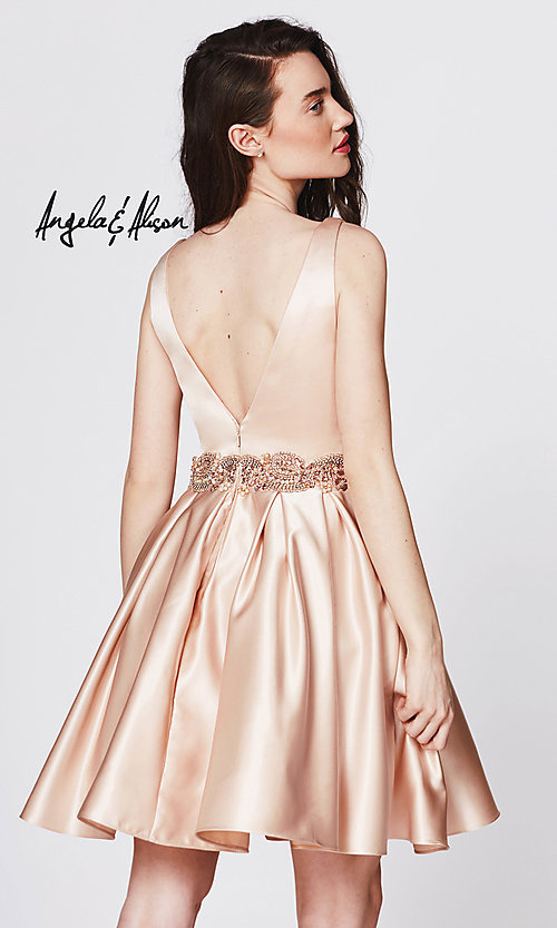Style: AN-82014 Back Image