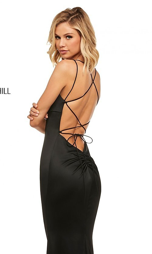 Image of open-back scoop-neck Sherri Hill long prom dress. Style: SH-52613 Detail Image 2