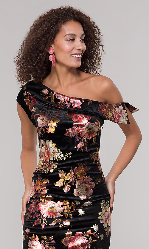 Image of velvet one-shoulder short floral-print holiday dress. Style: ECI-719951-75716 Detail Image 1