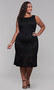 Image of knee-length black lace plus-size wedding-guest dress. Style: JU-MA-291815 Detail Image 3