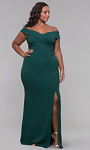 Image of plus-size off-the-shoulder long formal prom dress. Style: SY-IXD5144VP Detail Image 2