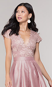 Image of short taffeta homecoming dress with lace bodice. Style: SOI-S18149 Detail Image 1