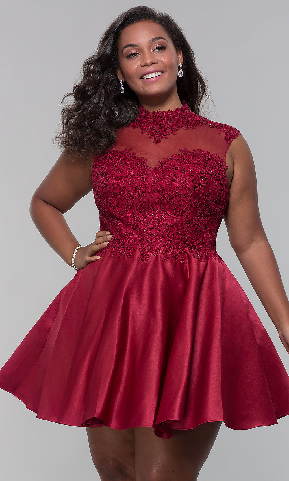Plus-Size Short Lace-Applique Homecoming Dress