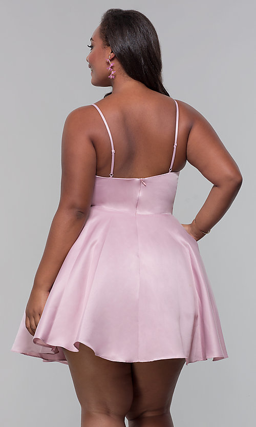 Image of plus-size short satin homecoming dress with pockets. Style: DQ-PL-3059P Detail Image 5