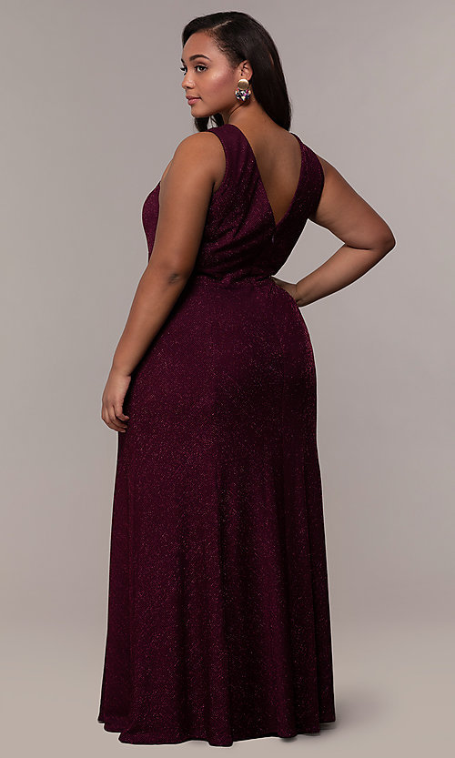 Image of plus-size long glitter-knit formal dress. Style: MO-21712W Detail Image 5