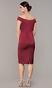 Image of mother-of-the-bride burgundy party dress in satin. Style: IT-7148102 Back Image
