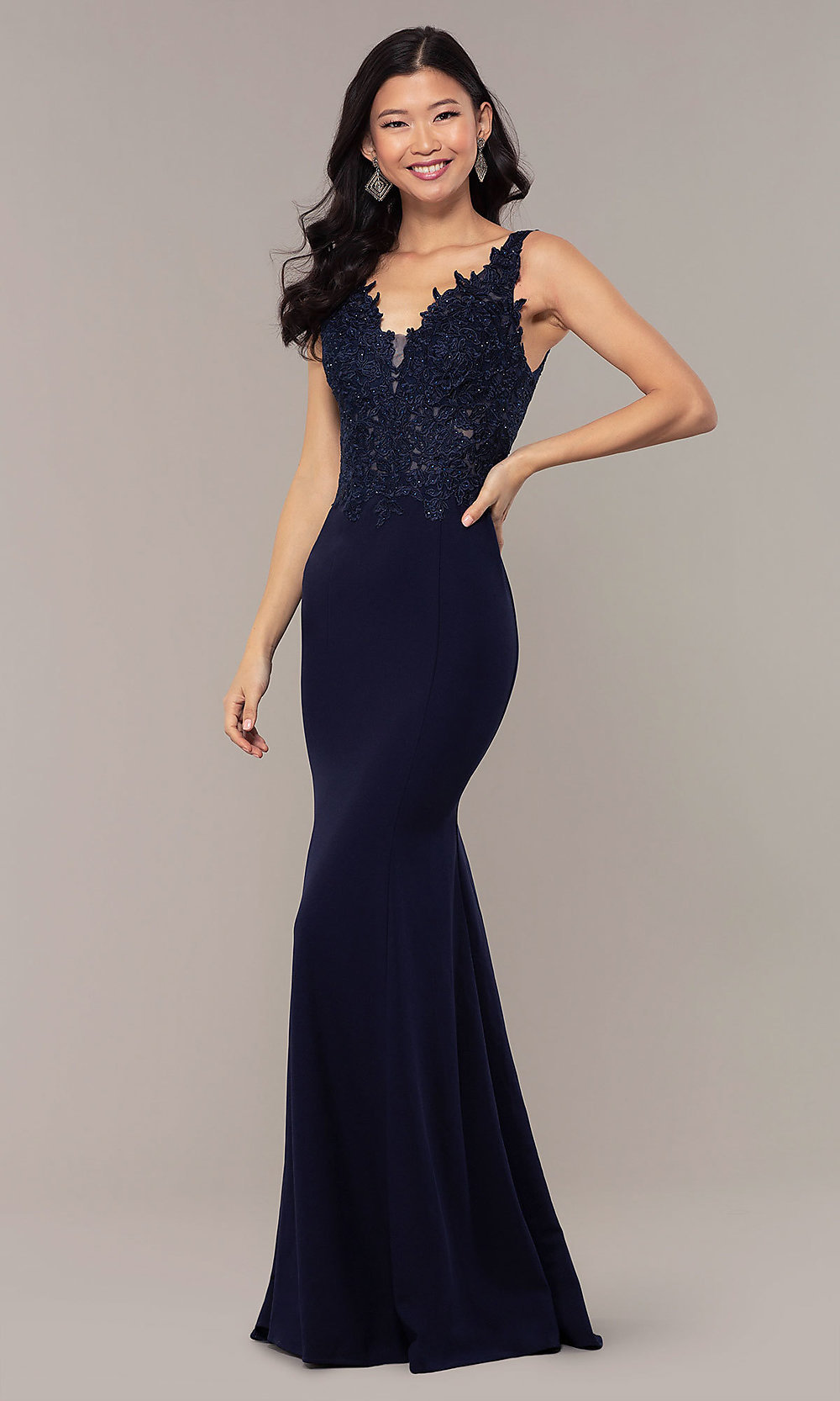 Embroidered-Bodice Long Formal Dress with Train 5be92dcdb