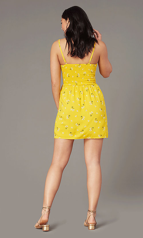 Image of floral-print casual wedding-guest dress in yellow. Style: AS-A166266B17 Back Image