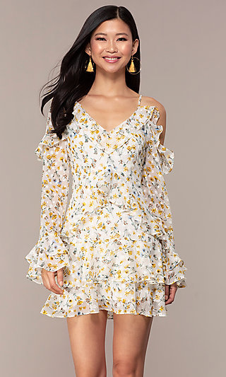 Long-Sleeve Short White Print Graduation Dress