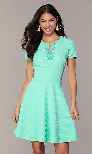 Mint Green Short-Sleeve Graduation Dress