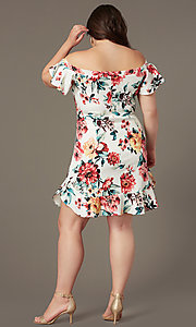 Image of off-the-shoulder short print plus-size party dress. Style: SY-IXD6234EP Back Image