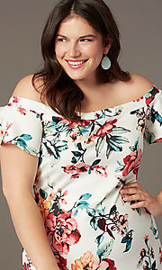 Image of off-the-shoulder short print plus-size party dress. Style: SY-IXD6234EP Detail Image 1
